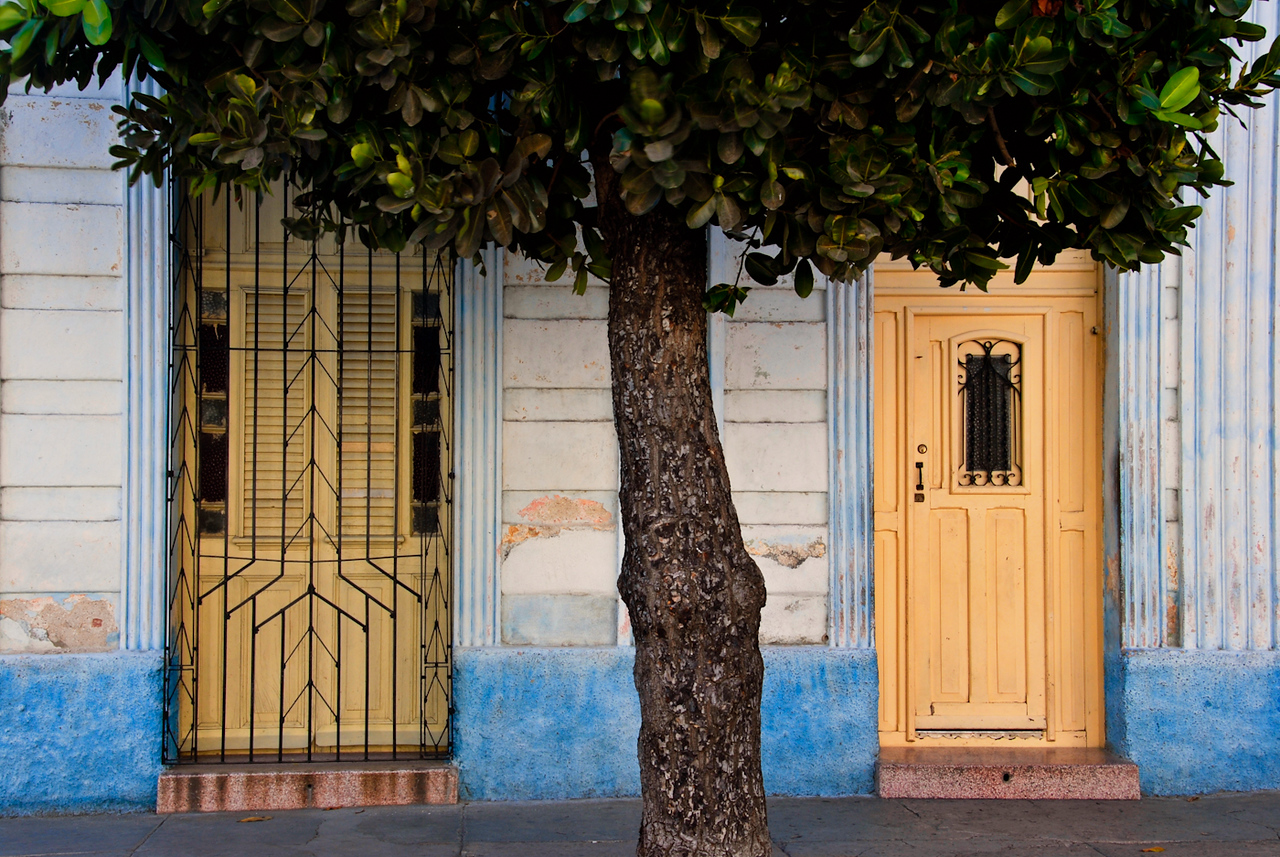 Traditonal Cuban house fronts